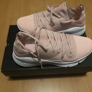 Under Armour Steph Curry 4 low Pink